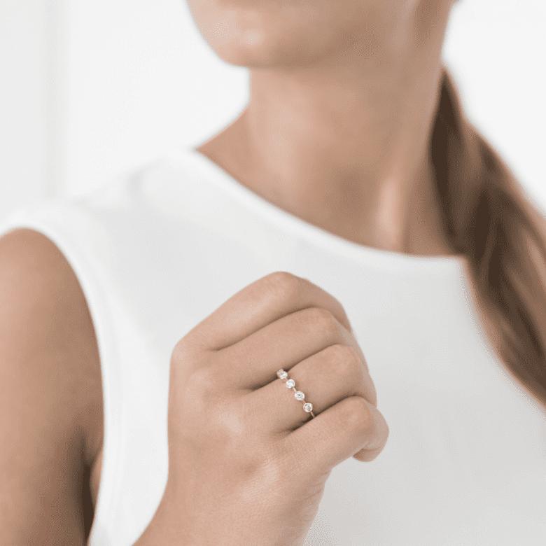 HLC - Anel Bolinhas em Diamantes 3